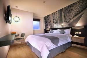 Neo Hotel Mangga Dua - Kamar Deluxe