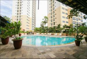 Verwood Hotel and Serviced Residence Surabaya - Pool