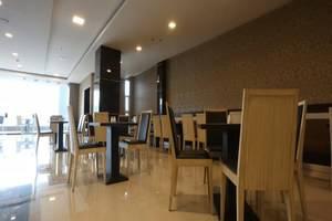 Travello Hotel Bandung - Ruang makan