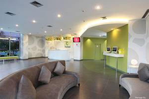 Zest Hotel Airport Tangerang - Lobby