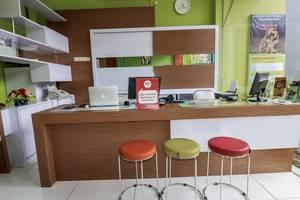NIDA Rooms South Alun-Alun Kraton 5 Jogja - Resepsionis