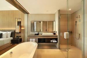 Royal Tulip Gunung Geulis Bogor - Studio Bathroom