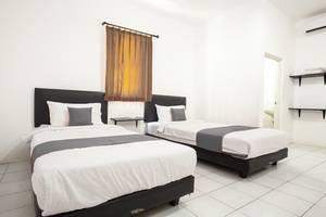 De Ritz Residence Surabaya - Room