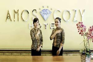 Amos Cozy Hotel Melawai - Front Office
