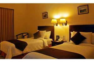 The Sun Hotel Surabaya - Deluxe Tempat Tidur Twin