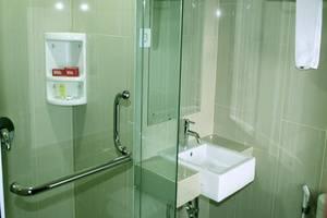 Merapi Merbabu Hotel Bekasi - Kamar mandi