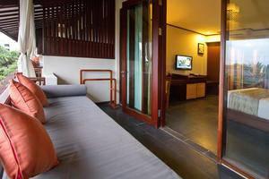 Kuta Seaview Hotel Bali - Lanai Deluxe Seaview Balkon