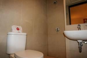 NIDA Rooms Lanto Pasewang 27 Makassar - Kamar mandi