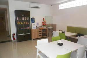 NIDA Rooms Makassar Ahmad Yani - Pemandangan Area