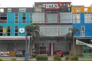 Total X Inn