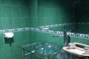 Grand Kartika Hotel Pontianak - Toilet