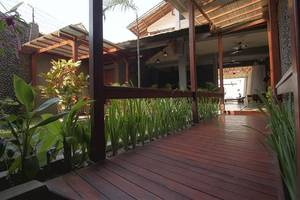 Kayun Hostel Downtown Bali - Exterior