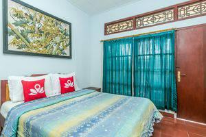 ZenRooms Tanjung Benoa Pratama 3 Bali - Tempat Tidur Double