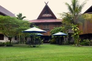 Arsela Hotel Pangkalan Bun Kotawaringin Barat - Taman belakang