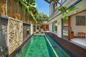 Lacasa Villa Bali - Kolam Renang