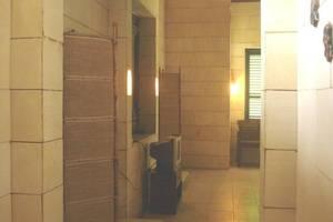 Lotus 2 Homestay Magelang - Interior