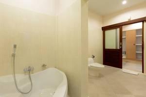 Kubal Villa Bali - Kamar mandi