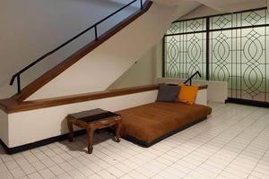 The Hostel Surabaya - relax area