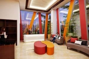 Front One Hotel Pamekasan Madura Madura - Lobi