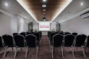favehotel Ahmad Yani Bekasi - Ruang Rapat