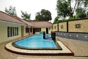 RCK Resort Bogor - Kolam Renang