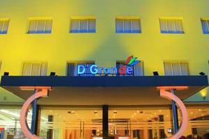 D'Grande Hotel Batam
