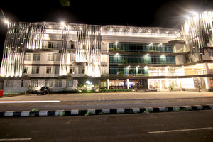 Aveon Hotel Yogyakarta by Daphna International