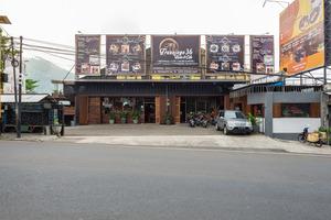 RedDoorz Plus near Balai Kota Batu 2