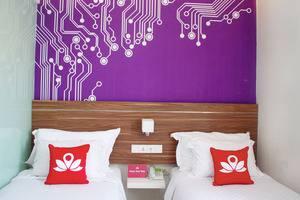 ZenRooms Kusuma Bangsa Surabaya - Tampak tempat tidur twin
