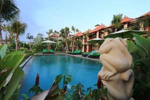 Tinggal Elite at Ubud Monkey Forest - Kolam Renang