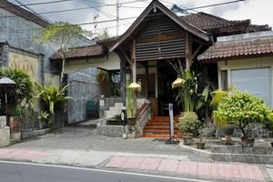 Yulia Village Inn Bali - Eksterior