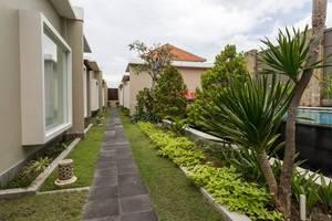 RedDoorz @ Nakula Seminyak 2 Bali - Eksterior