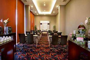Fame Hotel Serpong - Meeting Room