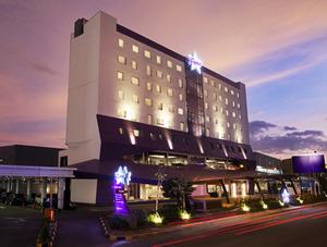 Fame Hotel Gading Serpong