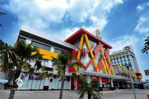 Hotel Grand Artos Magelang - Street View
