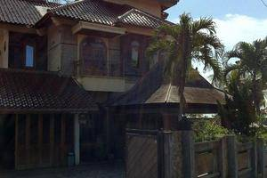Guest House Djojonagoro Semarang - (11/July/2014)
