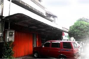 Family Guest House Baratajaya 48 Surabaya - Eksterior