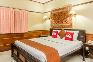 ZenRooms Kuta Dewi Sartika - Tempat Tidur Double