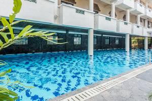 ZenRooms Kuta Dewi Sartika - Kolam Renang