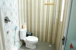 Panda Hostel Lombok - Kamar mandi