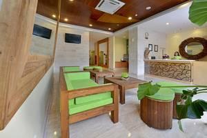 Whiz Hotel Malioboro Yogyakarta - Lobby
