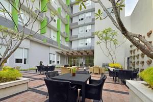 Whiz Hotel Malioboro Yogyakarta - Garden