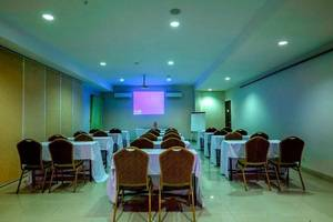 Hotel Bumi Banjar Banjarmasin - ,