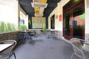 Airy Syariah Kejuron Mangga 4 Madiun - Restaurant