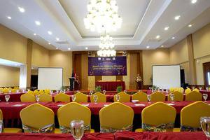 Red Chilies Hotel Solo - Meeting Room