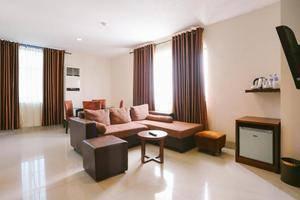 Grand Celino Hotel Makassar - RUANG KELUARGA CELINO SUITE