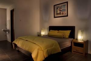 Kebagusan Indah Guest House Jakarta - Double Room