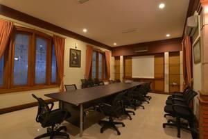 Kebagusan Indah Guest House Jakarta - Meeting Room
