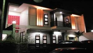 Rumah Tawa Guesthouse - 1