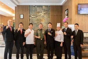 Anugrah Hotel Sukabumi - Bersama PangDam III Siliwangi